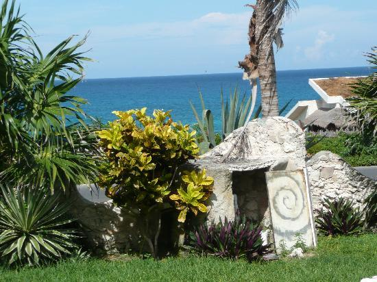 The Shell house: The Incomparable Shell House, Isla Mujeres -- ocean view