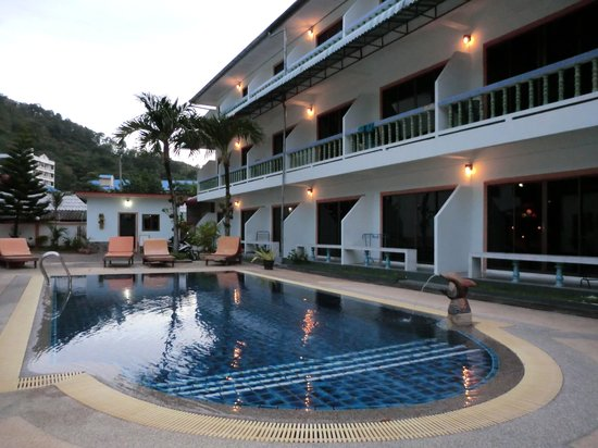 Valero Guest House: Valero's swimming pool