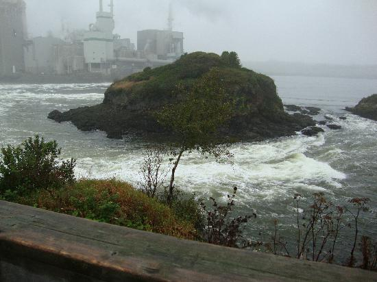 Saint John, Canada: Reversing Falls St. John at low tide
