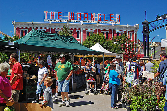 Τσεγιέν, Ουαϊόμινγκ: Cheyenne Farmer's Markets begin in August and are a great place to pick up specialty items.