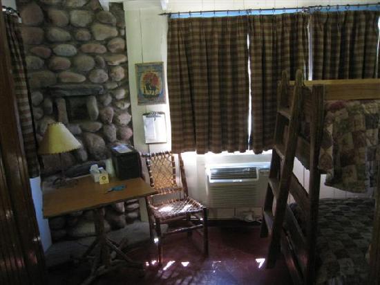 Phantom Ranch : Cabin 4