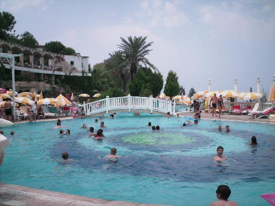Ephesus Princess: main pool