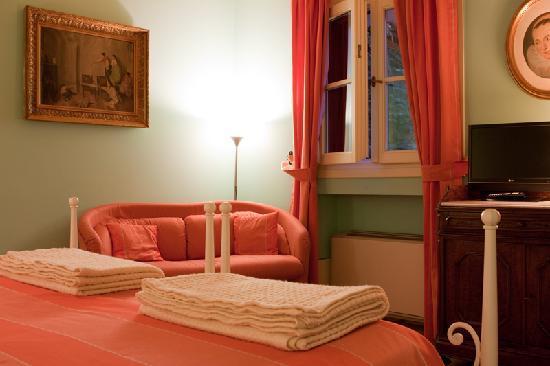 Villa Brocchi Colonna: Bedroom