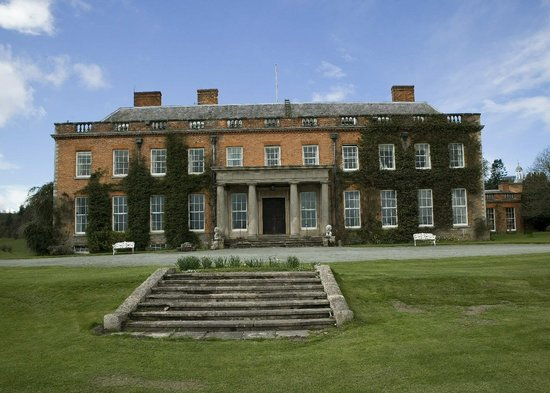 Craven Arms, UK: Front entrance of Walcot Hall