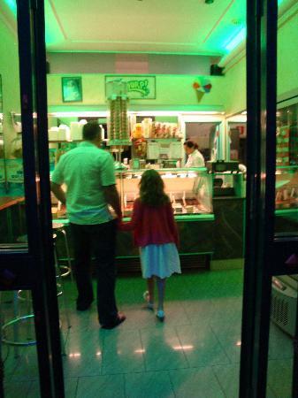 Bed a  San Pietro Roma: local geletaria best gelatos ever.