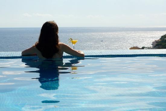 Hotel Blau Mar: Una piscina fabulosa