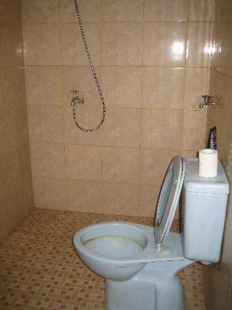 Rocky Bungalows: la doccia in bagno...