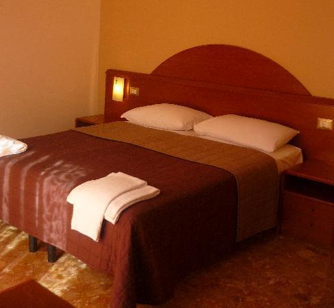 BB Verona: Room 3