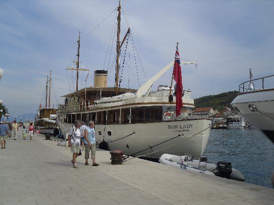Trogir, كرواتيا: Trogir quayside