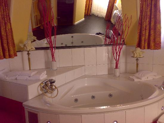 Hotel Tummers: suite nuptiale