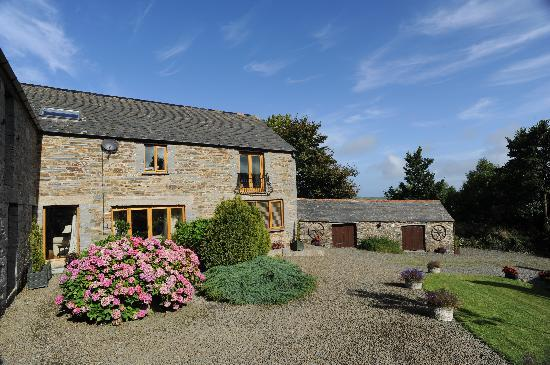 Pencuke Farm Holidays: Courtyard for Holiday Cottages