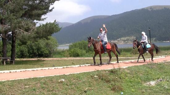 Mudurnu, Türkiye: Horseback ride around Lake Abant