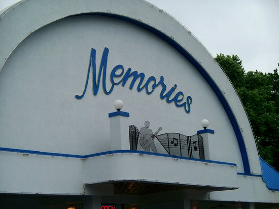 ‪Memories Theater‬