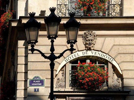 Hotel de Vendome: exterior