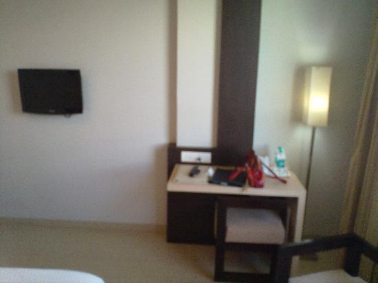 Hotel Kiranshree Portico: Room View