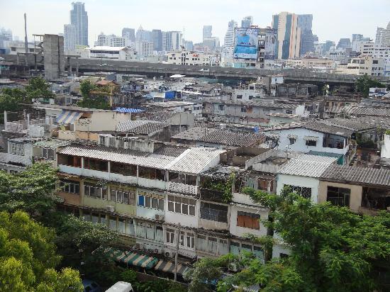 โรงแรม บางกอกเซ็นเตอร์: 窓から見た市街