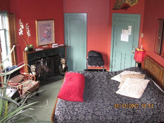 Humboldt House Bed & Breakfast Inn: Oriental Room