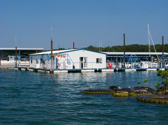 Lighthouse Resort and Marina: Fuel Dock