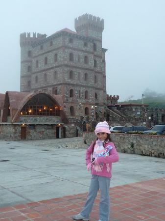 Hotel Castillo San Ignazio: desde el estacionamiento