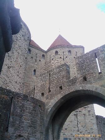 Cerise Carcassonne Sud: Muralhas Castelo Carcassone