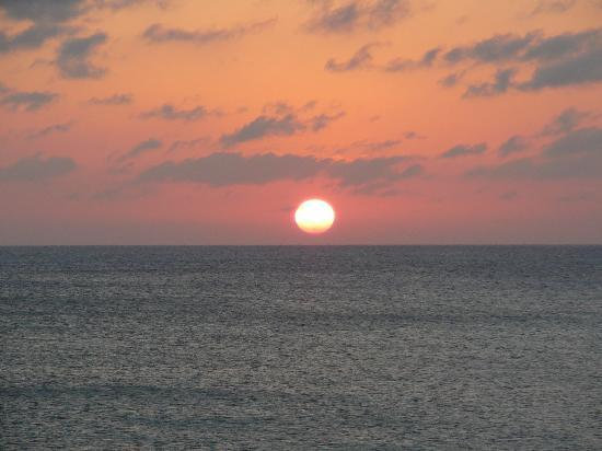 The Residences at The Ritz-Carlton, Grand Cayman: The perfect end to every day on Grand Cayman