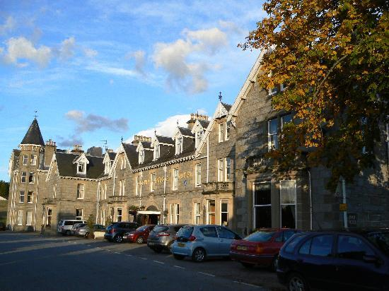 Nethybridge Hotel: Hotel Front