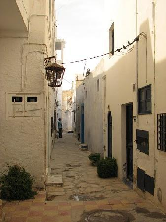 Old street of Hammamet's medina