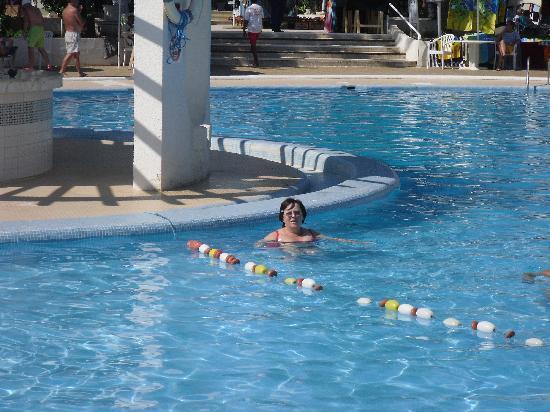 Iberostar Diar El Andalous: Rainy day at the pool