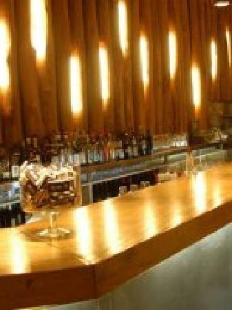 Rai: bar