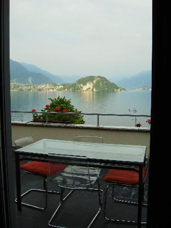 Menaggio, Italien: Varenna apartment view