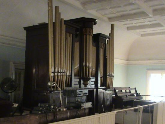 First African Baptist Church: Church Organ