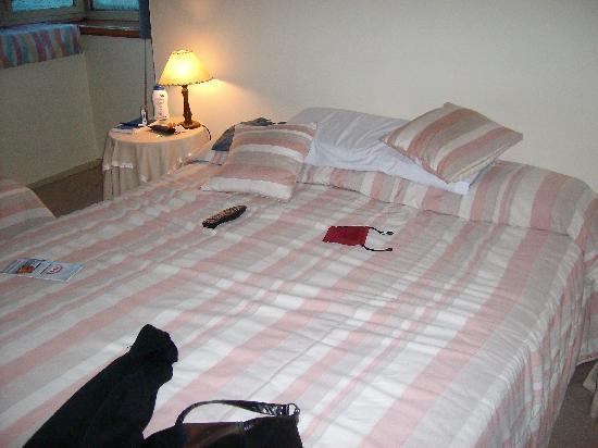 Grand Hotel Bariloche: habitacion del hotel