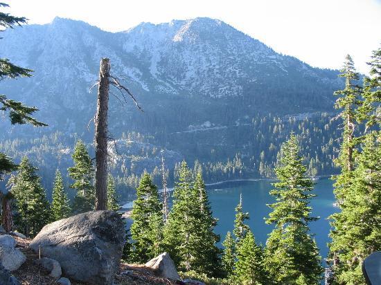 Loch Leven Lodge : lake tahoe