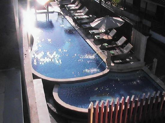Grand Sinar Indah Hotel: View of pool area from my balcony