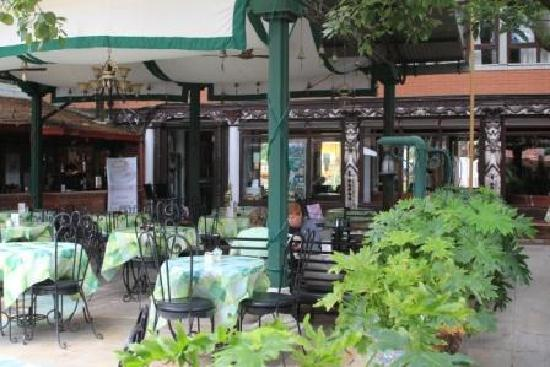 Kathmandu Guest House: Restoran