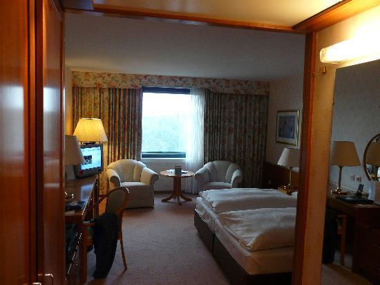 zimmer bild von maritim airport hotel hannover hannover tripadvisor. Black Bedroom Furniture Sets. Home Design Ideas