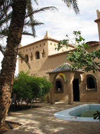Agdz, Morocco: the garden & pool