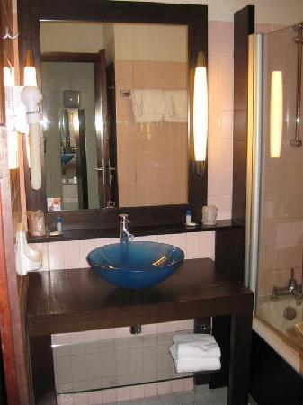 Hotel Castel Vecchio: salle de bain