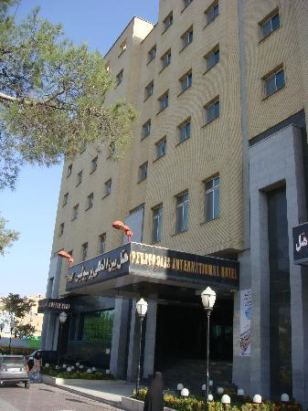 Hotel Persepolis: Outside view 1