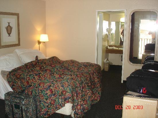 Vagabond Inn San Pedro : Our Room