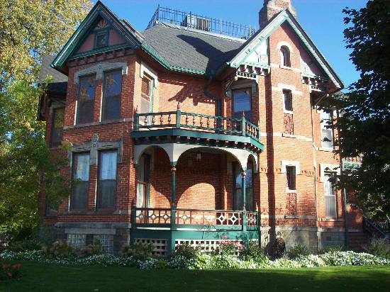 Historic Webster House: outside of the house