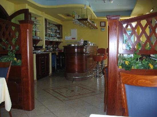 Hotel Adria: Bar/Restaurant