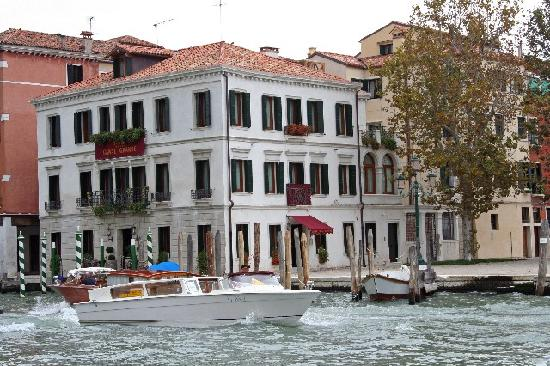 Hotel Canal Grande: taken from a restaurant across the canal from our hotel