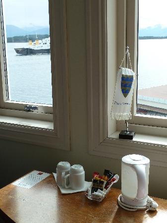 Thon Hotel Moldefjord: Kaffee-Ecke am Fenster
