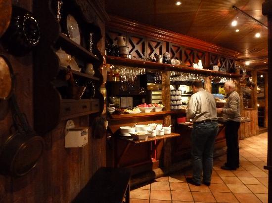 """Thon Hotel Moldefjord: Frühstück im Restaurant """"Egon"""""""