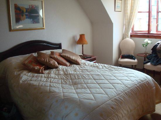 The Cottage B&B: The double bedroom