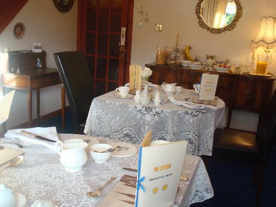 The Cottage B&B: The breakfast room