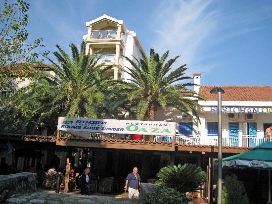 Hotel  OAZA : Vue de l'hôtel