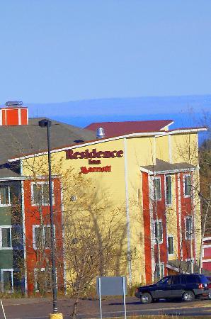 Residence Inn Duluth: Residence Inn with Lake Superior in background
