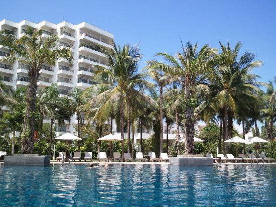 Novotel Hua Hin Cha Am Beach Resort and Spa : Pool